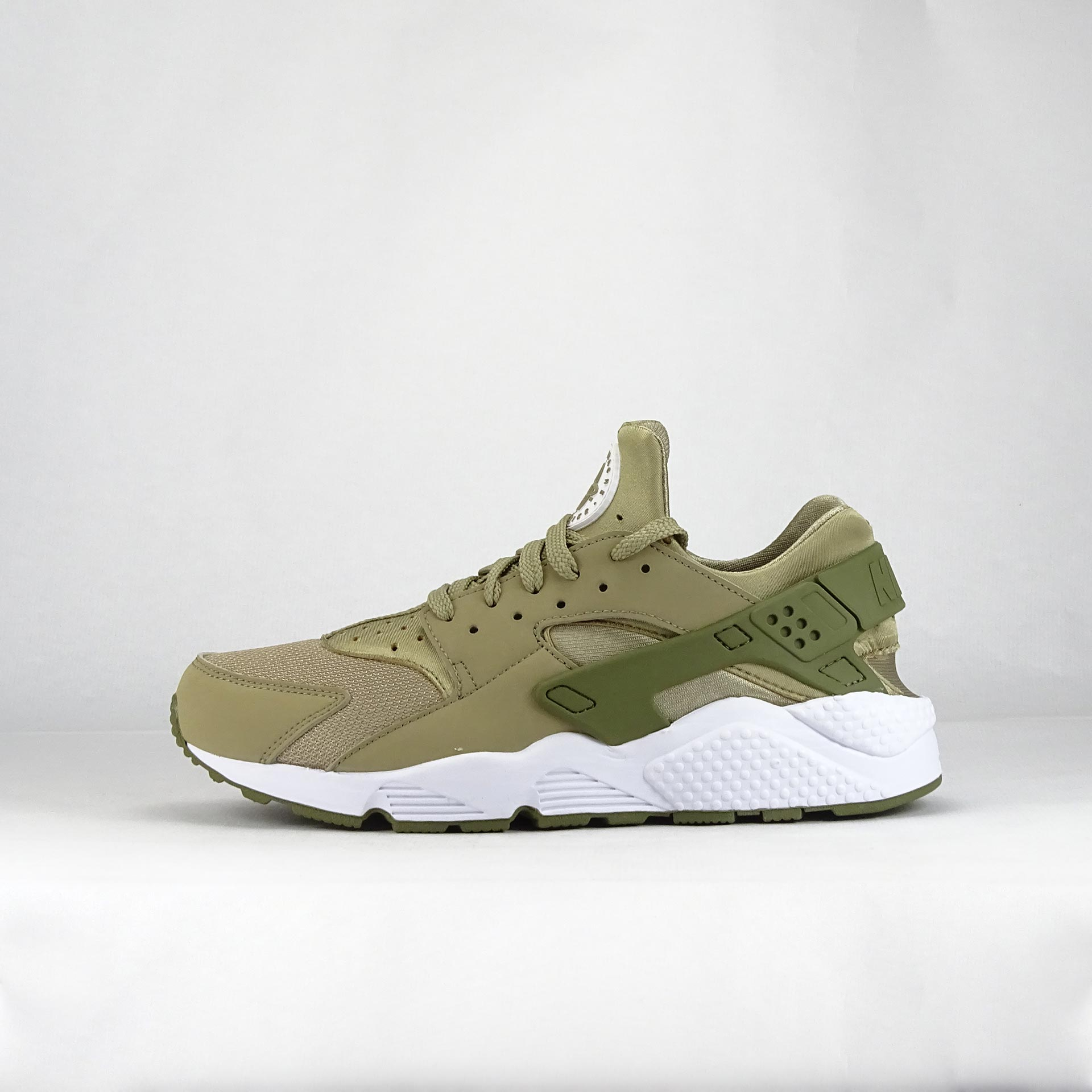 NIKE AIR HUARACHE VE, 8,5