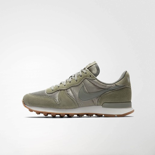 WMNS INTERNATIONALIST VE, 9